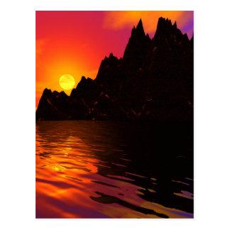 Rocas 1 de la puesta del sol postales