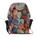 Rocas coloridas bolsa de mensajeria