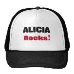 Rocas de Alicia Gorros Bordados
