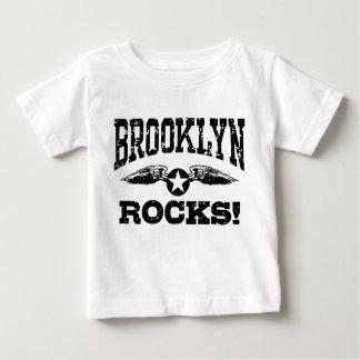 Rocas de Brooklyn Playeras
