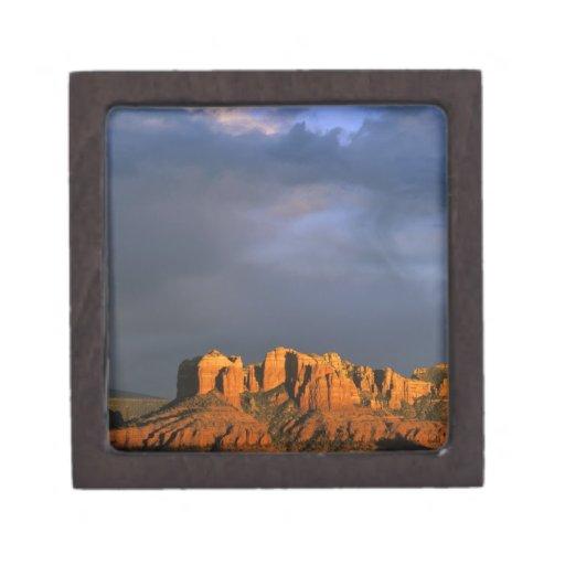 Rocas de la catedral en Sedona Arizona Caja De Regalo De Calidad