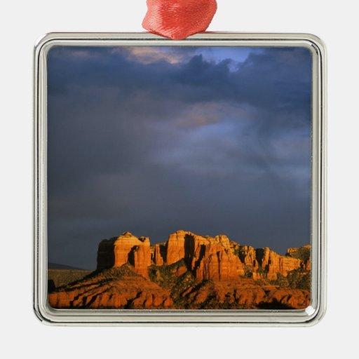 Rocas de la catedral en Sedona Arizona Ornamentos De Navidad
