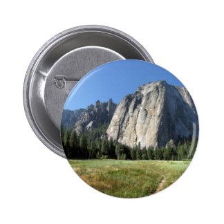Rocas de la catedral - Yosemite Pin Redondo De 2 Pulgadas