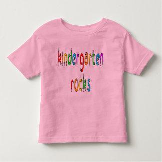 Rocas de la guardería - el lápiz embroma la playera de bebé