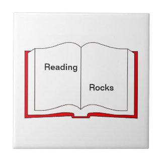 Rocas de la lectura azulejo cuadrado pequeño