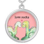 Rocas del amor de Dino Colgante Redondo