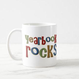 Rocas del anuario tazas de café