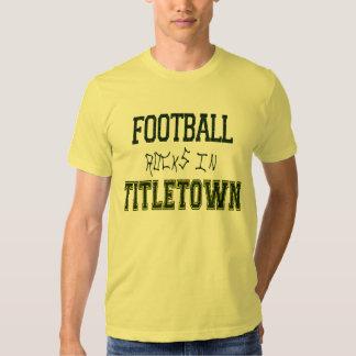Rocas del fútbol en Titletown1 Remeras