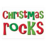 Rocas del navidad en rojo y verde postal