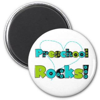 Rocas del preescolar del corazón imán redondo 5 cm