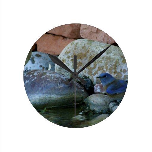 rocas del río reloj redondo mediano
