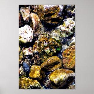 rocas en el río póster