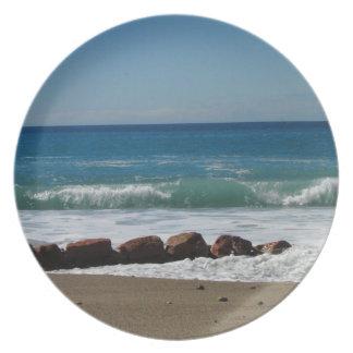 Rocas en la playa; Ningún texto Plato Para Fiesta