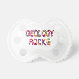 Rocas enérgicas de la geología chupete de bebe