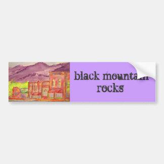 rocas negras de la montaña etiqueta de parachoque