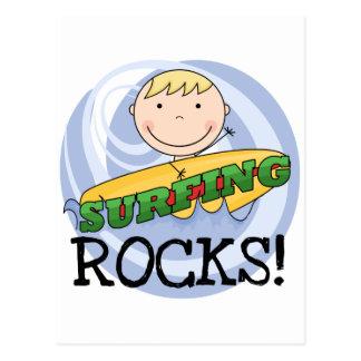 Rocas que practican surf - camisetas y regalos tarjetas postales
