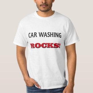 Rocas que se lavan del coche poleras
