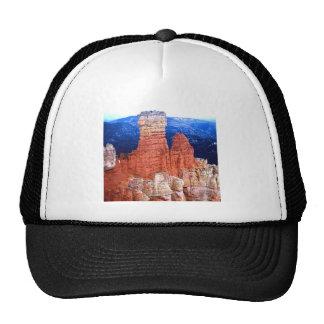 Rocas rojas gorras de camionero