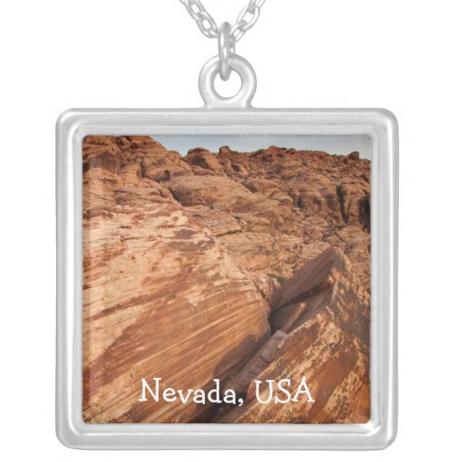 Rocas rojas rayadas; Recuerdo de Nevada Colgante