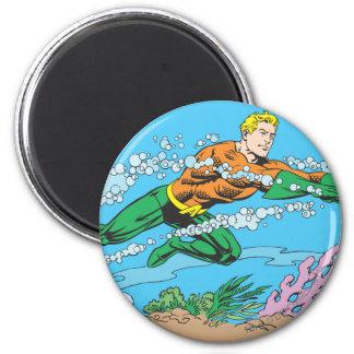 Rociadas de Aquaman a través del agua Imán Redondo 5 Cm