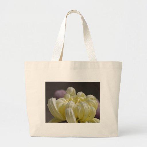Rocío de las momias de las flores blancas bolsas