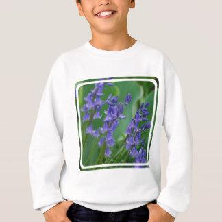 Rocío en las flores de Bell Sudadera