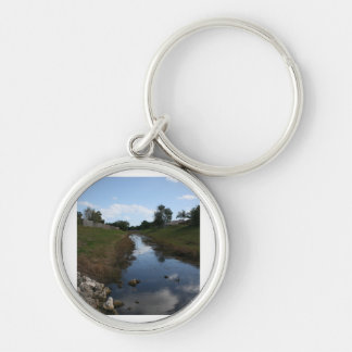Rock Fence Water House Florida Picture Silver-Colored Round Keychain