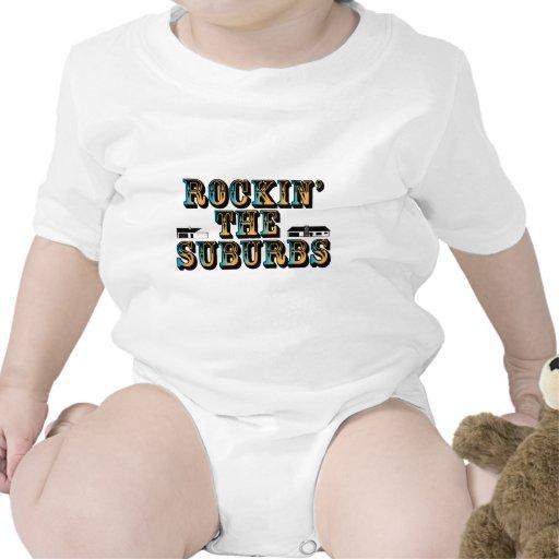 Rockin los suburbios traje de bebé