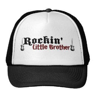 Rockin pequeño Brother Gorras