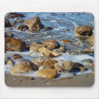 Rocks and waves mouse pad