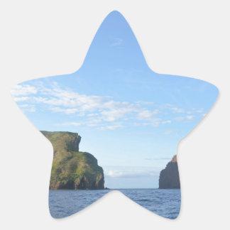 Rocky islands star sticker
