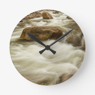 Rocky Mountain Streaming Round Clock