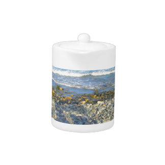 Rocky York Beach Access Teapot