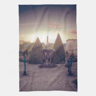Rodin jardin du musée à l'heure d'or kitchen towels