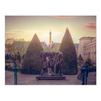 Rodin jardin du musée à l'heure d'or postcard