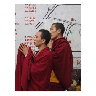 Rogación en Boudha Stupa Postal