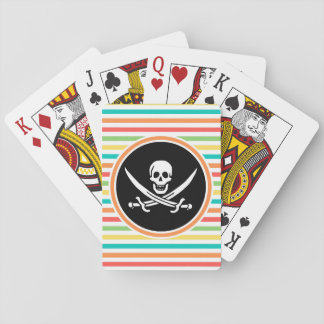 Rogelio alegre en rayas brillantes del arco iris baraja de póquer