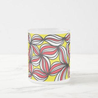 Rojo abstracto del amarillo de la expresión de taza cristal mate