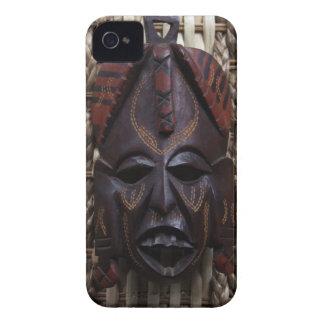 Rojo africano ritual tallado de madera tribal de B iPhone 4 Carcasa