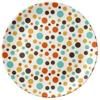 Rojo amarillo azul de los colores retros de los platos de cerámica