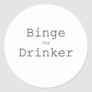 Rojo azul del negro del bebedor del té del Binge Pegatina Redonda