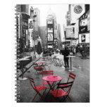 Rojo blanco negro del Times Square Libreta
