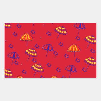 Rojo caprichoso del arte popular de los parasoles pegatina rectangular