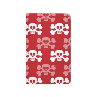 Rojo carmesí y huesos del cráneo y de la cruz del  cuaderno