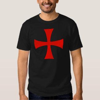 Rojo cruzado de Templar de los caballeros Remeras