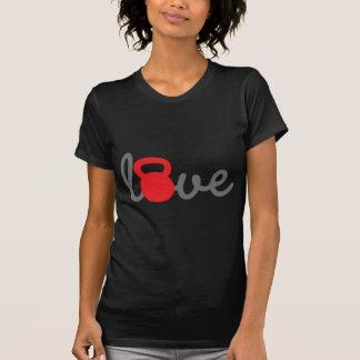 Rojo de Kettlebell del amor Camiseta