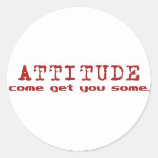 Rojo de la actitud etiqueta redonda