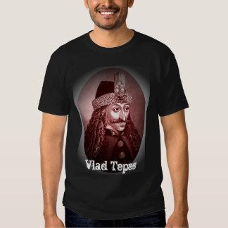 Rojo de la camisa de Vlad Tepes