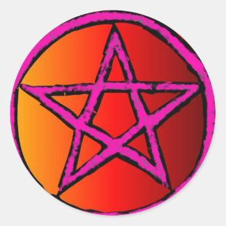 Rojo de la estrella de Wiccan Etiqueta Redonda