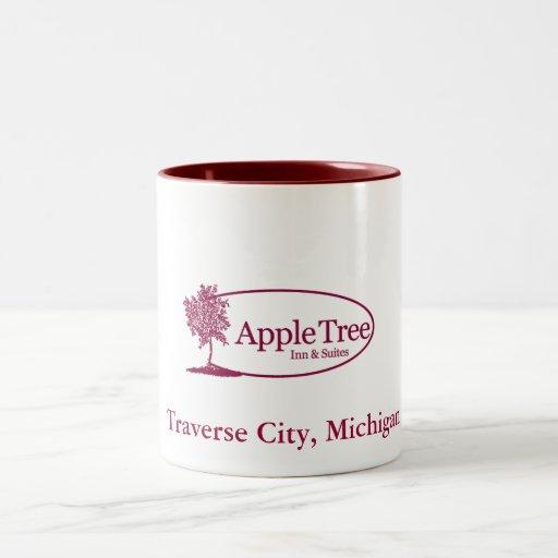 Rojo de la taza del manzano